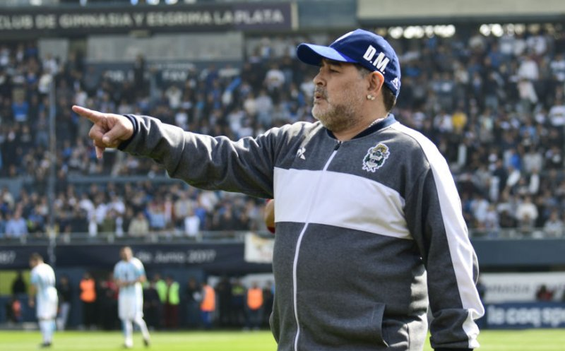 Maradona a slabit 11 kilograme | olly.ro