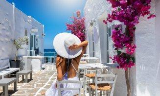 AVERTISMENT: Nu călătoriți în Mykonos, Santorini, Rhodos și în alte 10 insule grecești