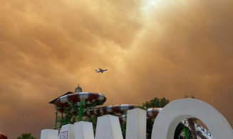 Hoteluri evacuate în Turcia după ce incendiile au ajuns în stațiunile turistice