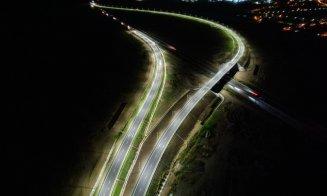 Imagini spectaculoase pe timp de noapte cu nodul rutier de pe Autostrada Sebeş - Turda, după inaugurare